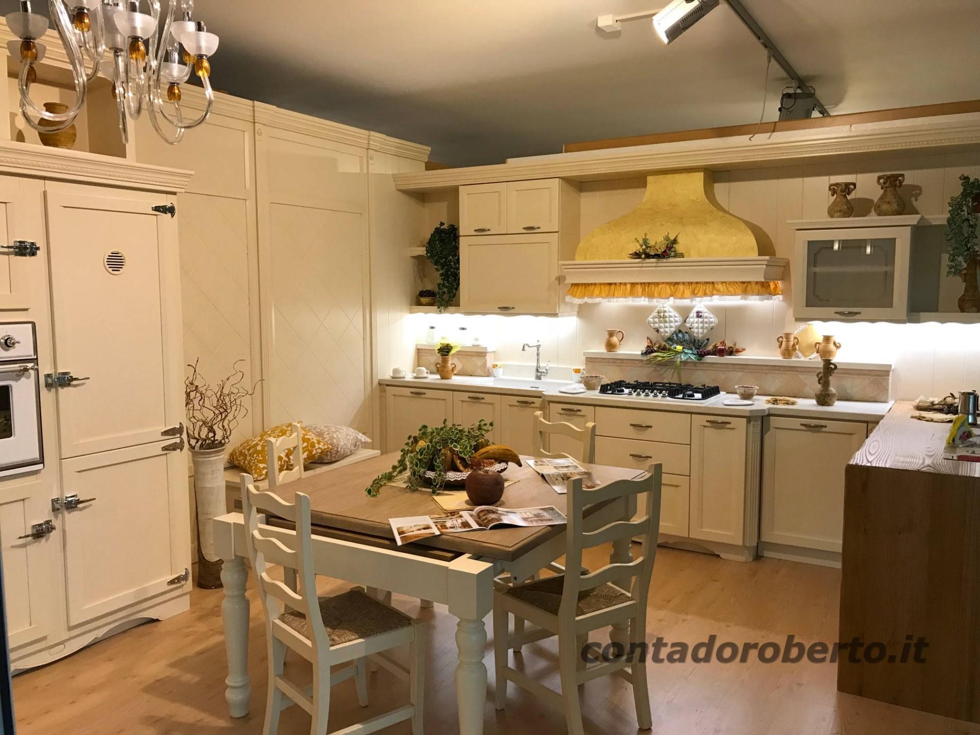 Cucina In Legno Country Chic Contado Roberto Group Cucine E Arredamenti Su Misura In Legno