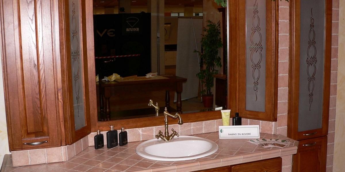 Arredo Bagno Classico In Muratura.Bagno In Muratura Contado Roberto Group Cucine E Arredamenti Su Misura In Legno