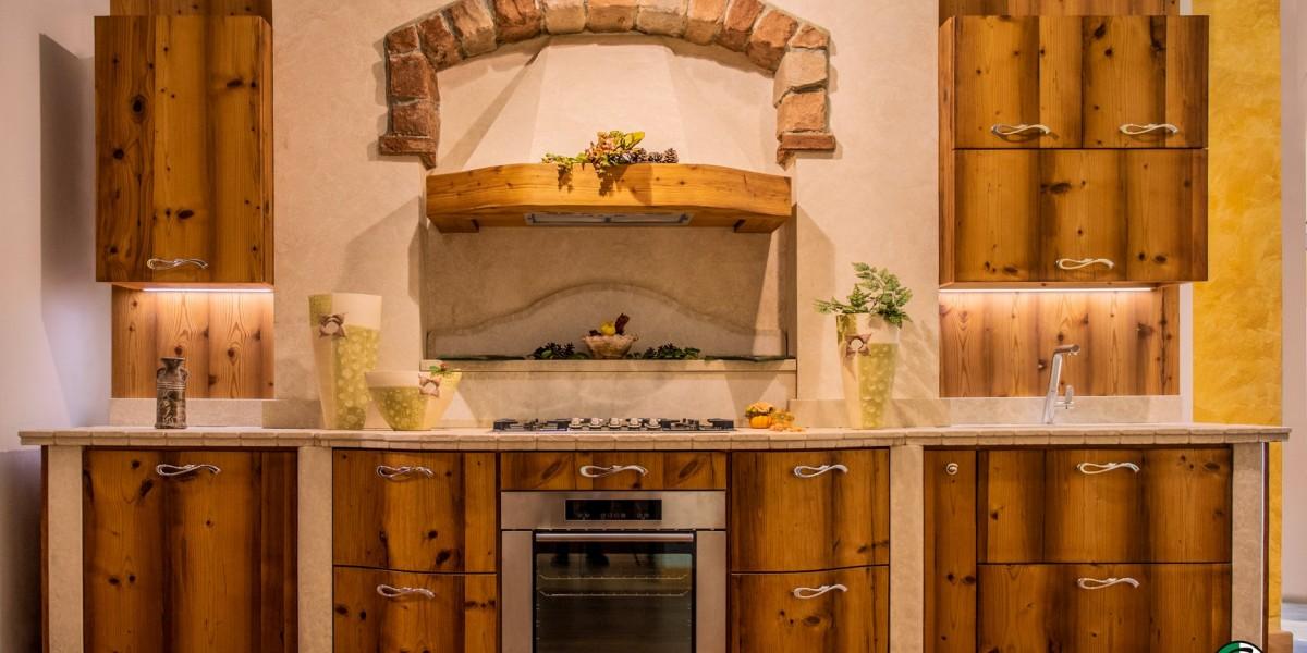 cucina-moderna-in-legno-di-larice-vecchio-10.jpg