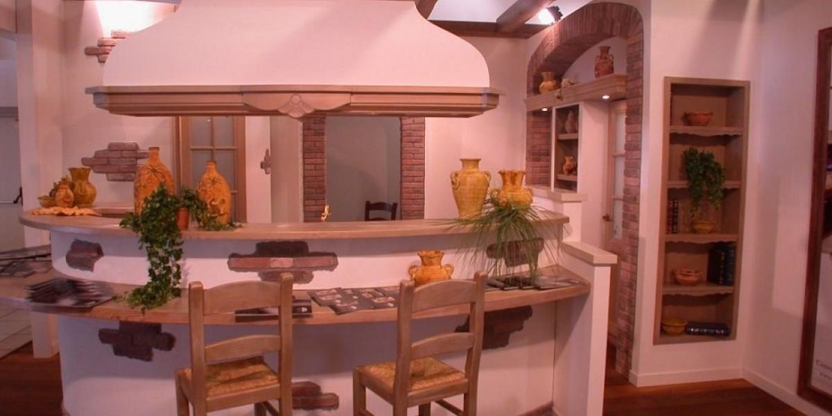 cucina_in_muratura_con_isola.jpg